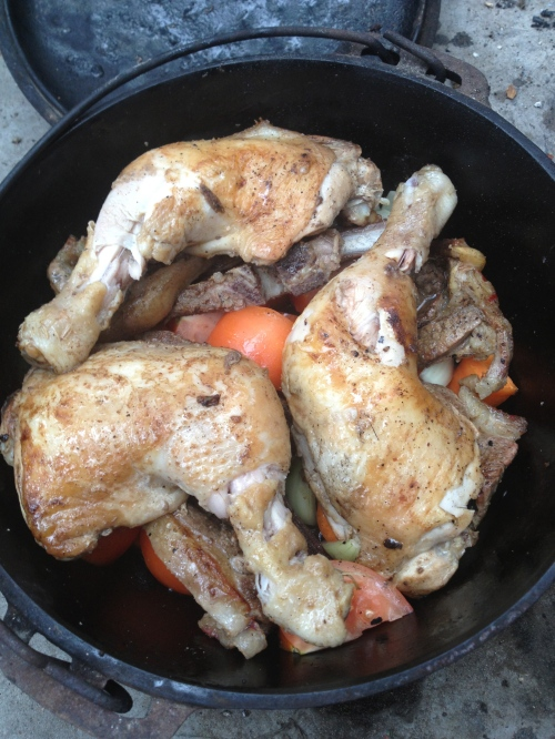 chicken and lamb with tomato, onion, carrot and anchovies