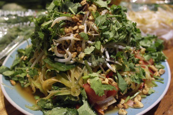 Green papaya salad is my all time favourite salad. Well, that and coleslaw...
