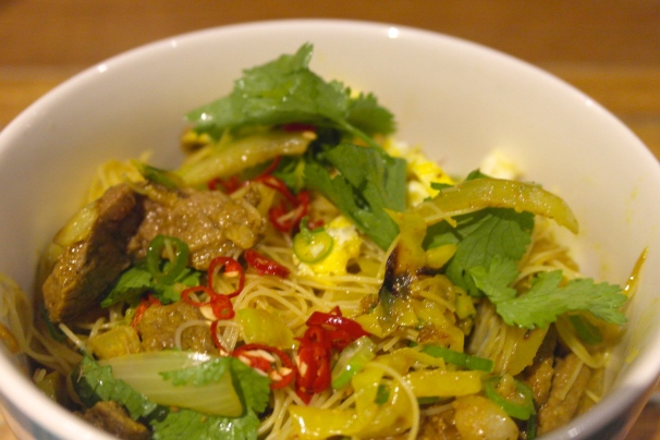 Transfer to another plate/bowl, garnish with some chilli because everything is better with chilli and eat it in your face