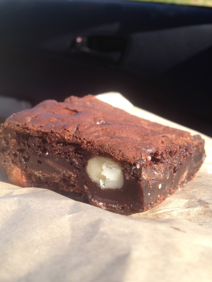 Gluten free brownie… pretty good taste and pretty good for the soul