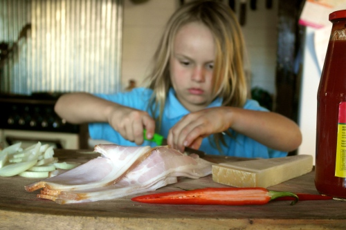 Get your own child slave to prep the ingredients. Concentrate son, concentrate