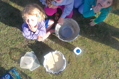 The kids were more than happy to clean the bowl… no washing up for us