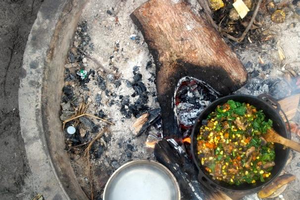 camp oven breakfast