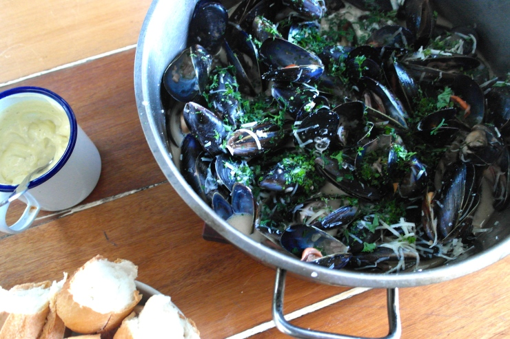 Get the mussels into your face... I need to go now